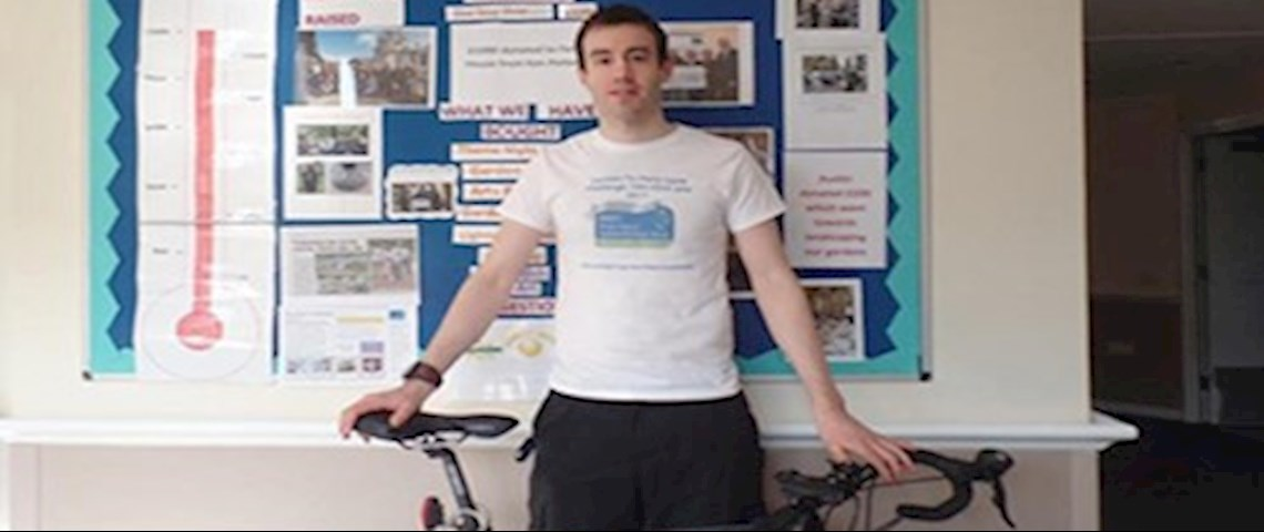 Rob Cracknell poses before his London to Paris bike ride challenge