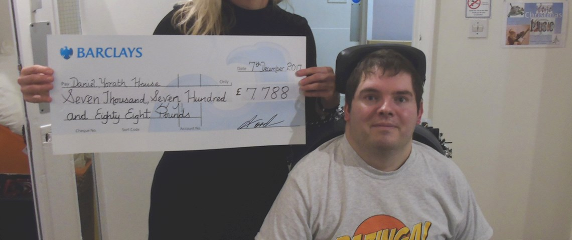 Cheque Handover At DYH.JPG